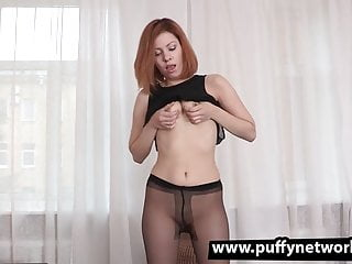Sexy and gaping sluts Sexy redhead in dildo and gaping action