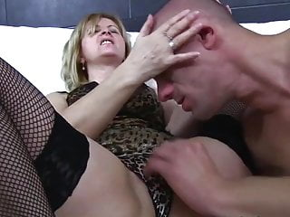 Young sexy bbs - Old young - sexy mom and young lover