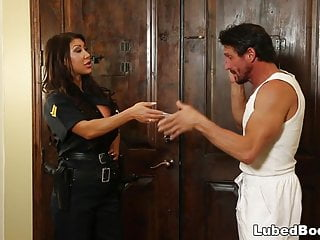 Policewoman pussy - Lonely policewoman finally gets what she needs