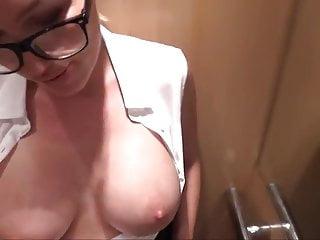 Post your adult amteur videos - Amteur quickie in elevator cum swallow
