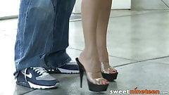 19yo babe Mulani Rivera toe licked during power fuck session