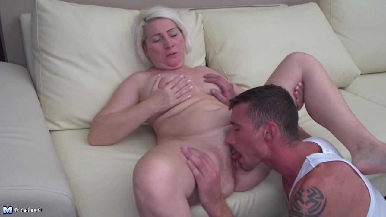 Asw-083 Porn mature woman gets cuni and fuck from young dude