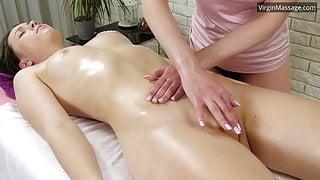 Petite stepsister Adelyn gets massaged until she cums