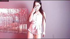 Cute japan webcam girl masturbate in bedroom, big ass