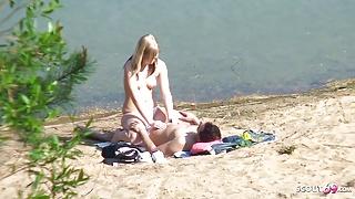 Real Teen Couple on German Beach, Voyeur Fuck with Stranger