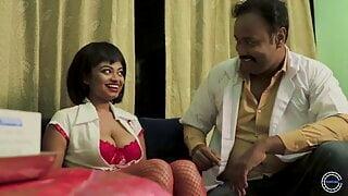 Desi nurse Shilpa & doctor Chandu making love