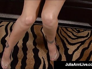 Milk tit fuck - Mommy wed like to fuck - julia ann milks cock with mouth