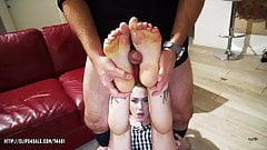 April Paisley and Foxy Sanie- Estate Agent Feet Fuck