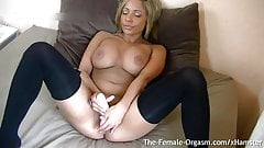 Exotic Babe Vibes To Grooling Wet Throbbing Orgasm