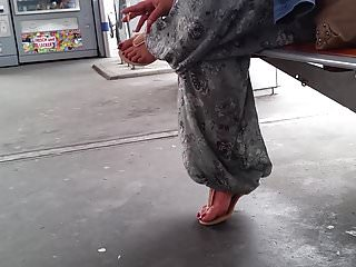 Red hot fetish torrent thepiratebay - Turkish woman with hot long toenails in red