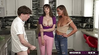 I Will Not Look At My Stepmom's Tits - S15:E10