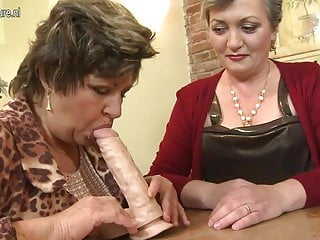Mature mom son sex video - Mature mom mom and mom fuck not their son