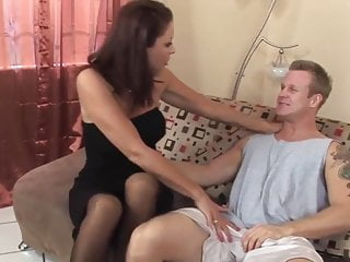 Road runner fucking sucks - Sexy mature latina in stockings fucks a runner top mature