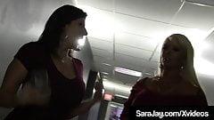 Heiße PAWG Sara Jay teilt Schwanz mit Kimmie Lee & Alura Jenson
