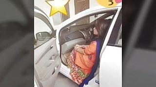 Pakistani Pindi girl Anum Shehzadi nude strip video Scandal