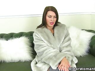 Will black cohosh make your breast larger - British milf raven will make your cock hard