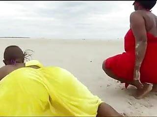 Nude bodies of african women - African women twerking , best in the world