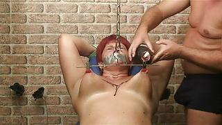 Annadevot - Hard tits torture
