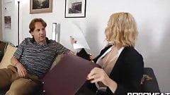 Встреча с адвокатом по бракоразводным процессам жены