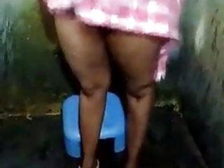 Megna naidu sexy - Swathi naidu sexy selfie body show on bed