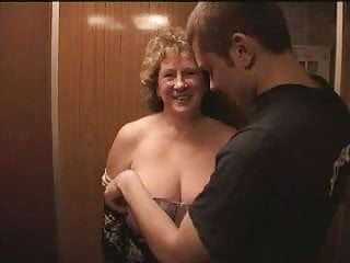 Breast lift scarring - Mature bbw with two youngers boys in the lift.