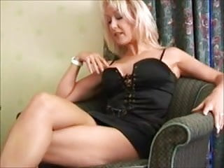 Mature escorts wigan - Mature british escorts handjob