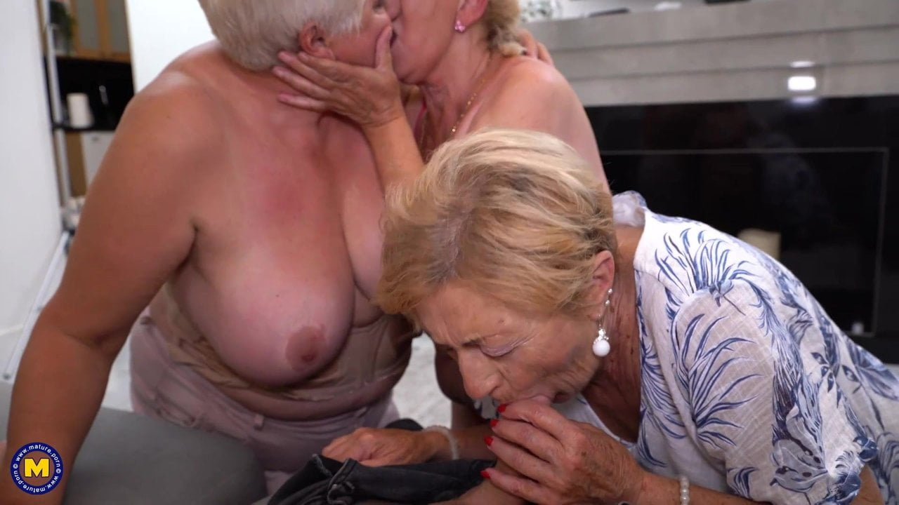 Free download & watch hungry grannies attack young boy          porn movies