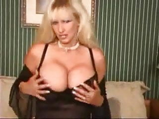 Locl girls wanting sex - Mature milf with big tits want a cock