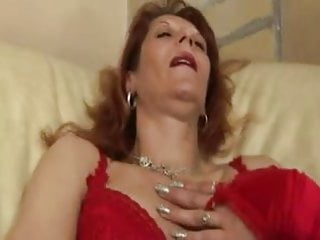Redhead mom xnxx Redhead mom takes in asshole creampie anal culo troia