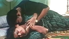 Indian Aunty Hot bed scene