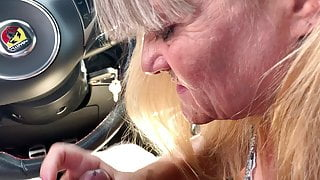 My new nasty granny sucking my fat cock in my car !!!
