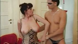 Sexy Busty Hairy Mature Squirting
