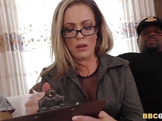 Married women wanting sex - I am not that kind of mom, im married - carmen valentina