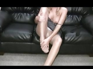 Hayley paramore sexy Hayley teasing in pantyhose
