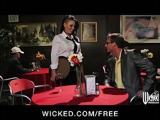 Big booty and ass fucking in the ass hole Big-booty waitress christy mack fucks a customer in the bath
