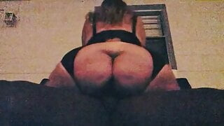 BBW with a huge ass rides me outside