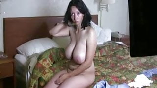 Big tits you want to see them bounce