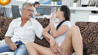 DADDY4K. Brunette satisfies her sexual needs using fuckstick