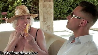 Old Mature Diva Wants To Be Dicked Down During Her Vacation