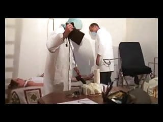 Gynecologist erotica - Mature meets perverted gynecologists part 1