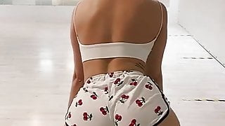 sexy big ass shaking