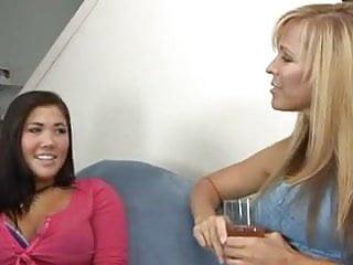 Big tits girl on girl - Girl on girl 330