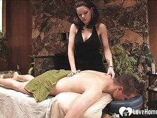 Fuck the masseuse Lucky guy fucks the masseuse in hardcore fashion