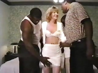 Sunday sport gang bang 1996 - Missys gang bang