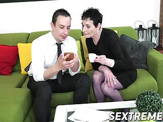 Rob tgp Lucky horny granny pixie drilled on sofa by robs hard cock