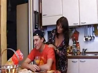 Mom fucking vidios - Italian mom fucking