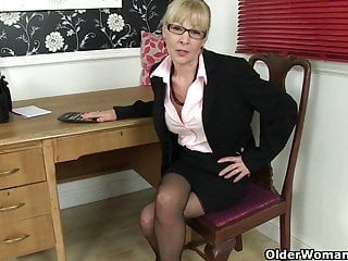 Overcoming masturbation addiction - British mom elaine cant control her masturbation addiction