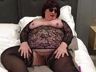 Uk vibrator review Amateur mature uk bbw double vibrator orgasm