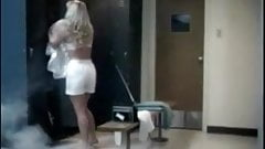 Invisible Maniac - Sexy Shower Girl