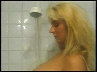 Beata r porn Die geile beata unter der dusche - beata in shower